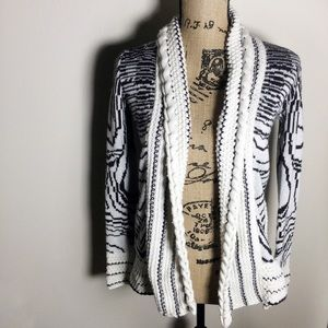 Ecote Anthro Black & White Shrug Extra Small
